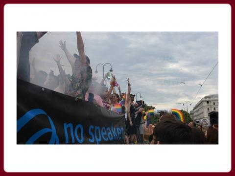 euro_pride_venna_-_rainbow_parade