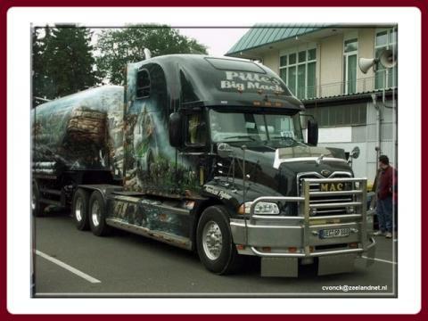 malovane_nakladaky_-_painted_trucks_-_vonck